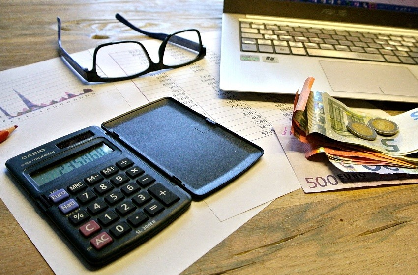 Steuererklärung, Geld, Computer