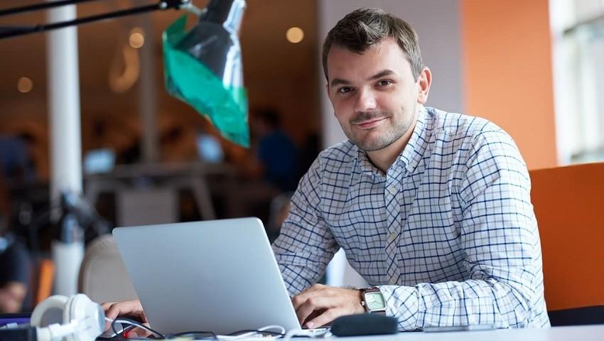 Entspanntes Arbeiten mit der DATAC Finnazbuchhaltung. DATAC Software zeichnet sich durch eine komfortable Bedienung und effizient gestaltete Funktionalität aus